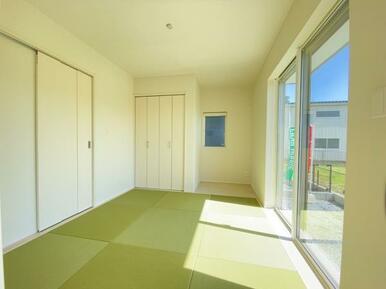 家事スペースや来客にも便利な洋和室