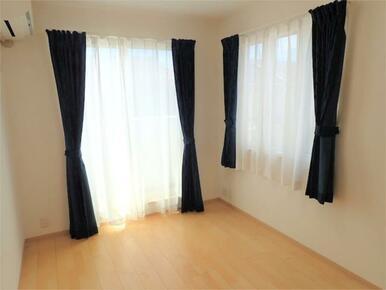 ●日当り良好で明るいお部屋です♪