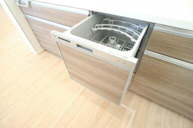 食器洗浄乾燥機付きで日々の家事も楽になりそう!