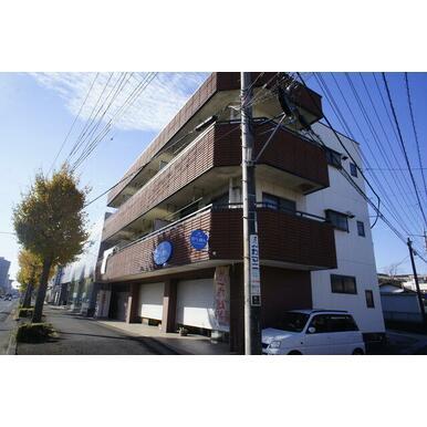 JR武蔵野線吉川駅徒歩10分(800m)