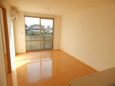 ☆広々としたリビングダイニング☆自分なりの家具のコーディネートをお楽しみください