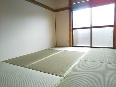 癒しの空間・6帖の和室♪