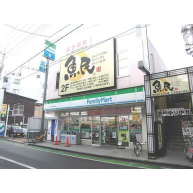 ファミリーマート西所沢駅前店
