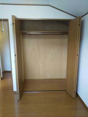 4.5帖洋室には大容量のクローゼット