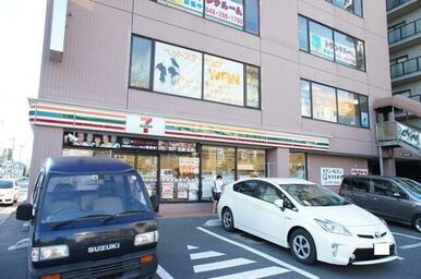 セブンイレブン 三郷駅南店