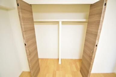 《収納》各部屋に収納スペース付きです