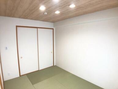 和室「オシャレな照明です。」
