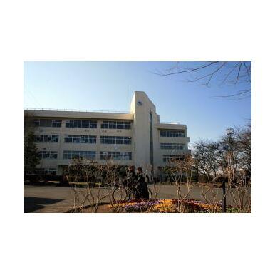 向陽台中学校1267m