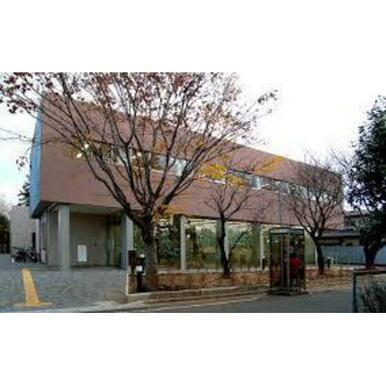 杉並区立今川図書館
