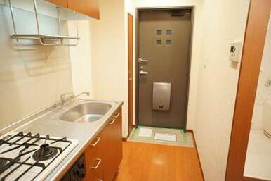 【キッチン】2口ガスコンロ、グリル付きです♪ お料理の幅が広がります☆