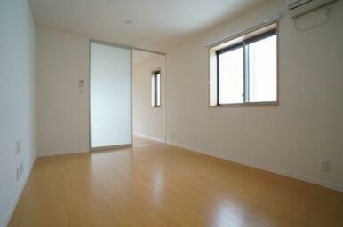 【LDK】清潔感が溢れるお部屋です