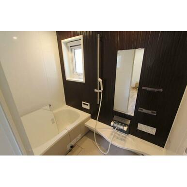 1221サイズのバスルーム