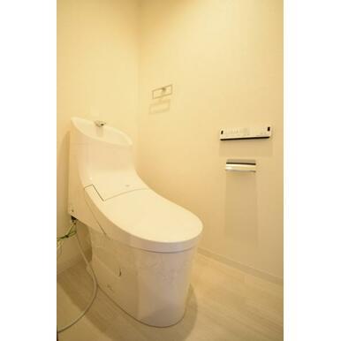 あっと驚くほどに汚れがツルンと落ちるシャワートイレで、毎日のお掃除も苦労知らず。