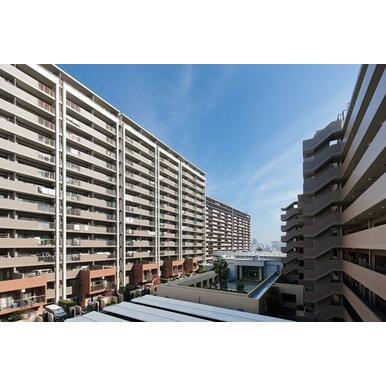 「街」を形成するマンション