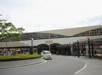 東武伊勢崎線越谷駅徒歩13分のところに位置しています♪