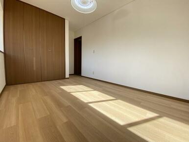 2階 西側洋室 別角度