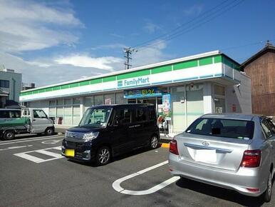 ファミリーマート坂出文京町店