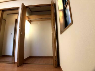 3階西側洋室収納「しっかりとした大きさのクローゼットです」