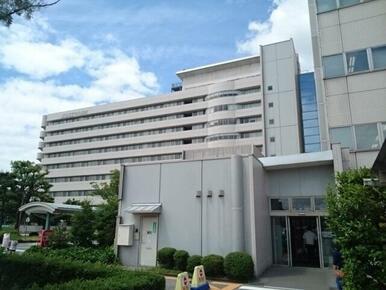 富山県立中央病院まで600m