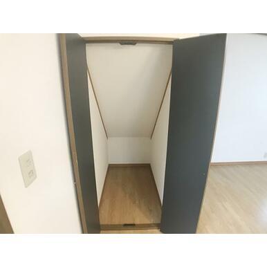 デッドスペースも無駄なく収納として使用可能