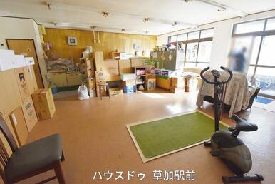 店舗室内です♪トイレ、水道ございますので、店舗としても、別室としても使用可能!お好きにお使いいただ…