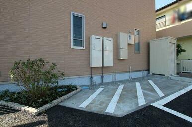 【駐輪場】敷地内に入居者専用駐輪場がございます。(台数制限有)