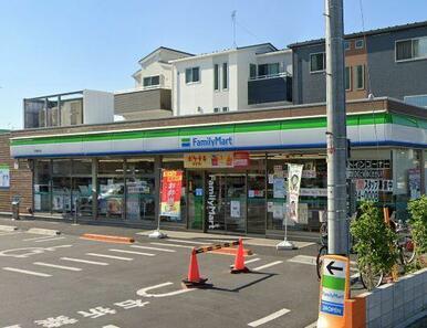 ファミリーマート川口芝下一丁目店