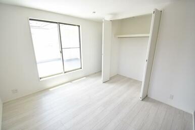 全居室収納スペース付き