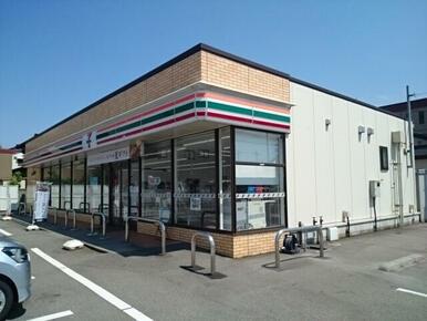 セブンイレブン富山城南公園前店まで240m