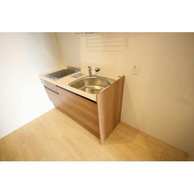 ◆キッチン(4.3帖)◆2口IHコンロ付きです!水栓はシングルレバーを採用してます!