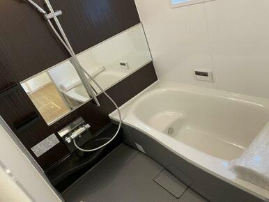 パナソニックの1坪タイプのお風呂です。広々ゆったり入浴できます。