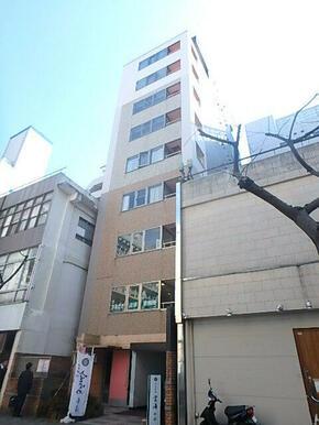 東横線直通、みなとみらい線・日本大通駅まで徒歩3分!