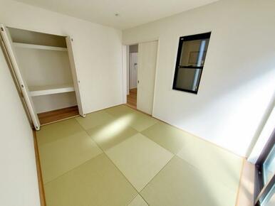 1号棟:和室 急な来客時も安心の独立型のオシャレな洋風和室です。