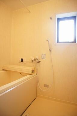 ※室内写真は類似間取の他の部屋のものになります。203号室の退室工事完了後の状況と相違がある場合、2