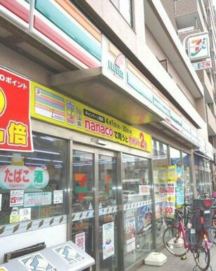 セブンイレブン通町店