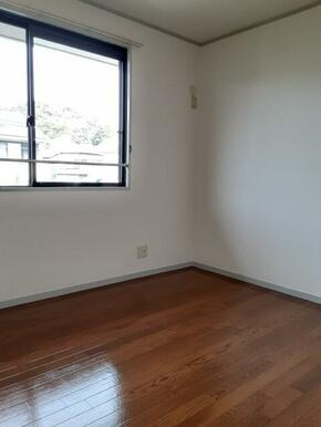 2階・客間としてもご利用頂ける4.5帖洋室