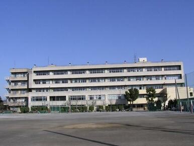 草加市立瀬崎中学校