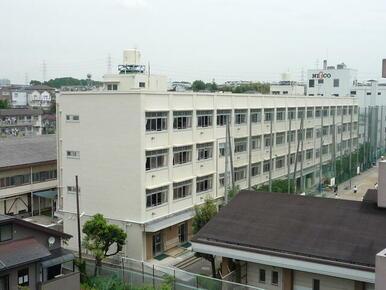 舞岡中学校