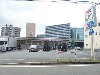 セブンイレブン横浜烏山町東店