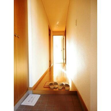 ★玄関です★同タイプ別部屋の写真