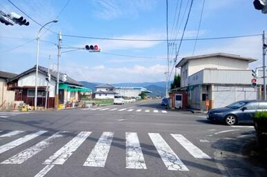 写真右が大野原町青岡、左側が木之郷町です