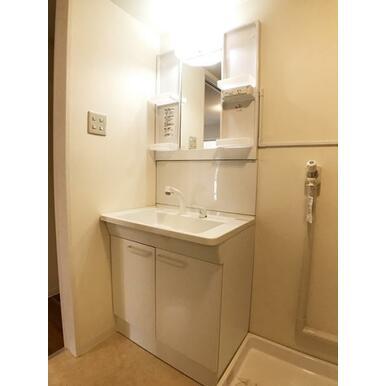 「洗面所」新品の洗面化粧台です