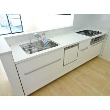 【キッチン同仕様写真】 食器洗い乾燥機標準装備の最新オープンキッチン!