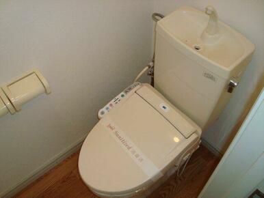 WC(シャワー付トイレ)