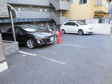 ★敷地内駐車場★(有料・要空き確認)