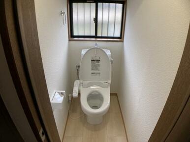 1Fトイレ新品交換済み