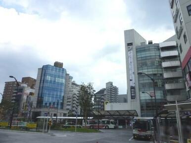 「荻窪」駅北口の様子♪「西友」「ルミネ」等があり、買い物に便利です。