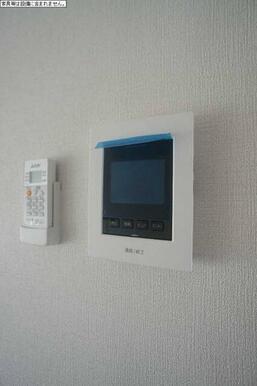 訪問者を確認することができるTV付きインターフォンモニター♪