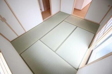 落ち着く畳の和室スペース