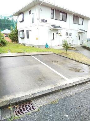 嬉しい駐車場付き1台無料です♪